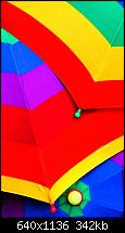 Der iPhone 5C Wallpaper Thread-colorful-umbrellas-iphone-5-wallpaper.jpg
