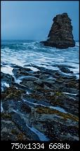 Der iPhone 6 Wallpaper Thread-surging-wave-among-rock-mountain-iphone-6-wallpaper-ilikewallpaper_com_750.jpg