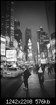 Der iPhone 6 Plus Wallpaper Thread-new-york-street-night-city-dark-bw-vignette-34-iphone6-plus-wallpaper.jpg
