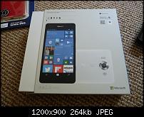 Microsoft Lumia 950 RM-1104 + Zubehör-p1020315.jpg