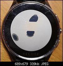 Vector Luna Smartwatch – Eure Erfahrungen mit der Akkulaufzeit-flecken-display-vector-luna.jpg
