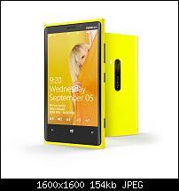 Neuigkeiten zu Windows Phone 8-nokia-lumia-820-lumia-920-official-photo-album1.jpg