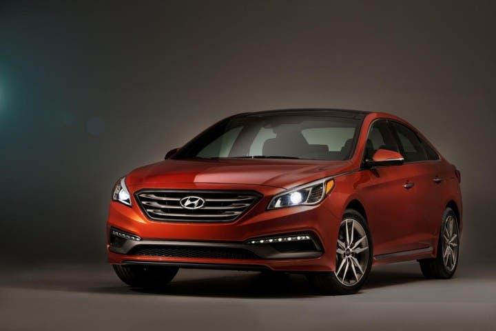 Hyundai Sonata 2015 mit Apples CarPlay