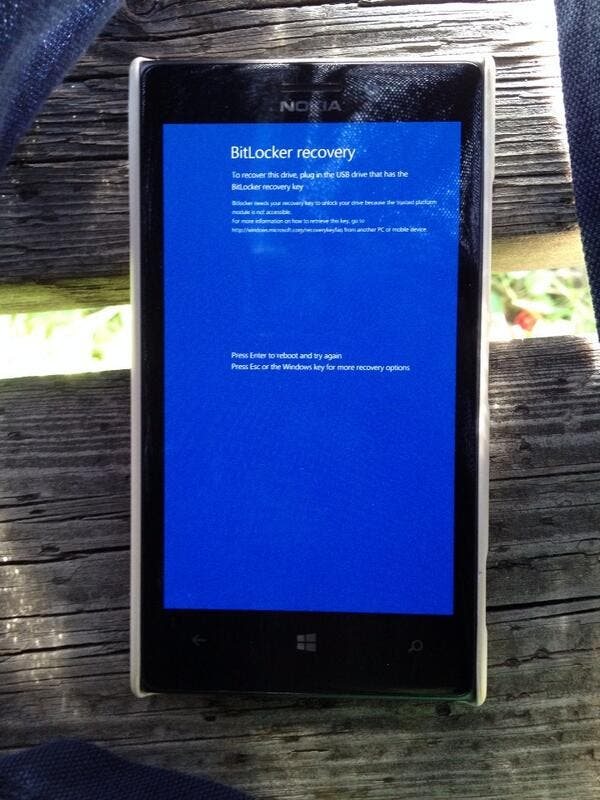 Nokia Lumia 925 Cyan Update Bitlocker Bug