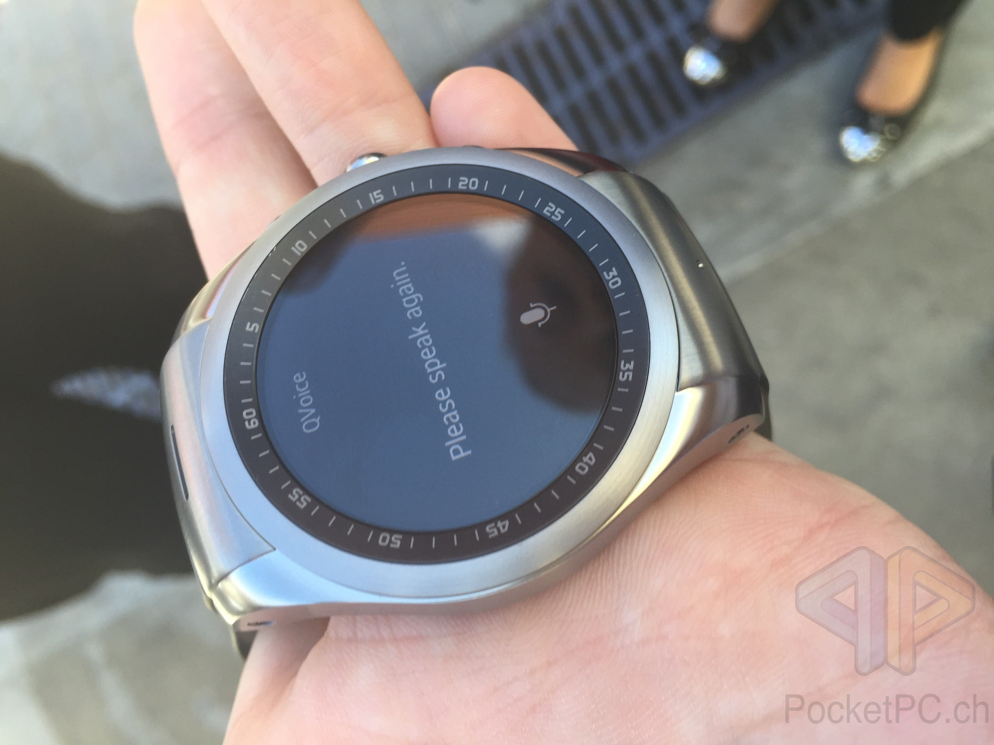 MWC 2015: LG G Watch Urbane LTE im Hands-On Video ...