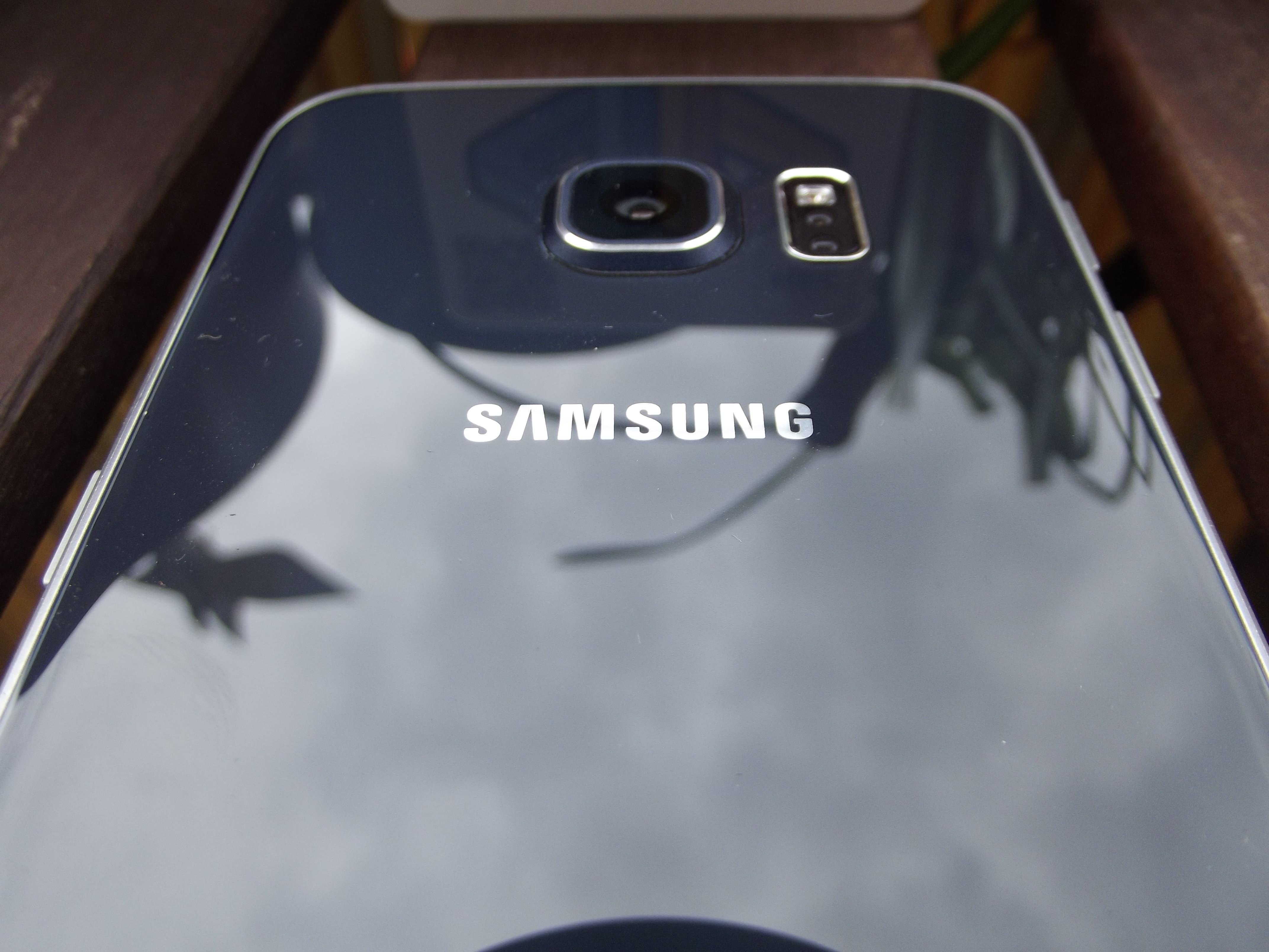 Samsung Galaxy S6 edge Rückseite