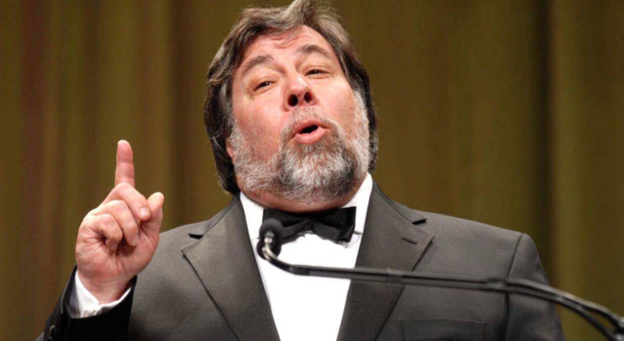 Steve-Wozniak-Speaking by Wikiuserrr123