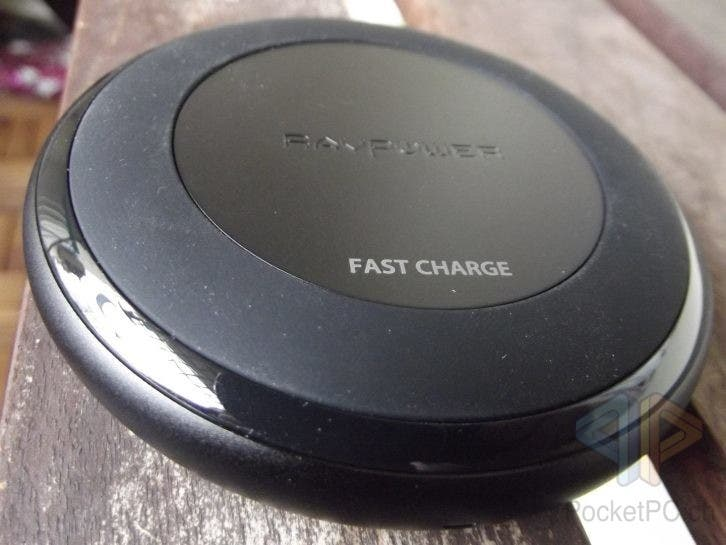 RavPower Alpha Series Fast Charge Wireless Qi Charging Pad
