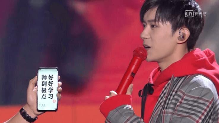 Jackson Yee bekommt Huawei Nova 4