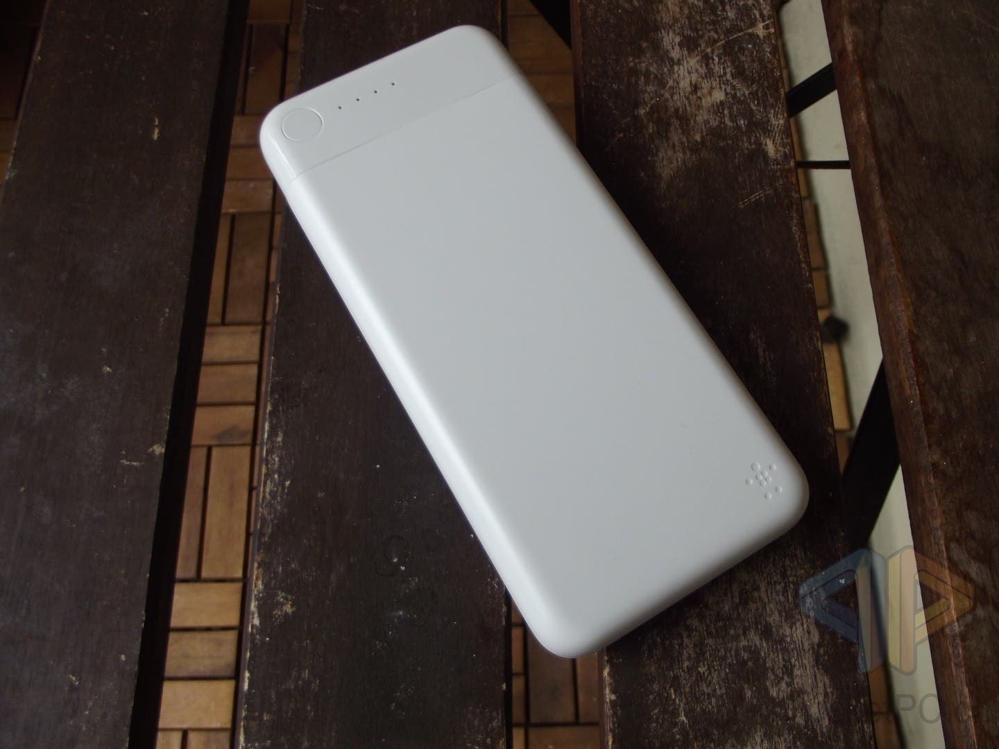 BOOST↑CHARGE Power Bank 10K mit Lightning Connector