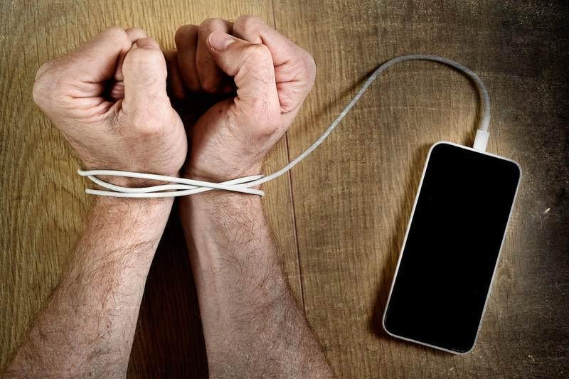 Handysucht-die-neue-Volkskrankheit-