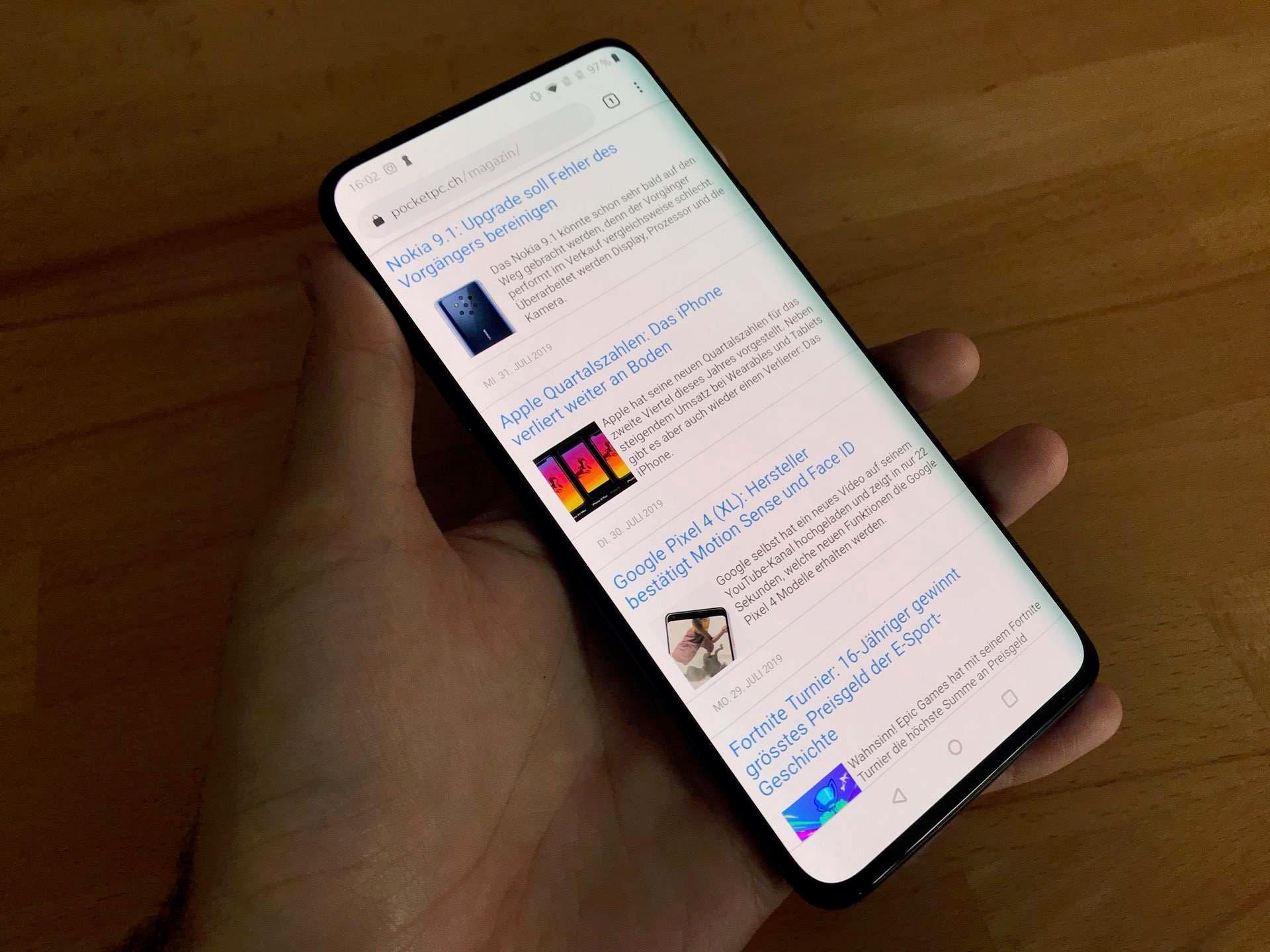 OnePlus Smartphone Display