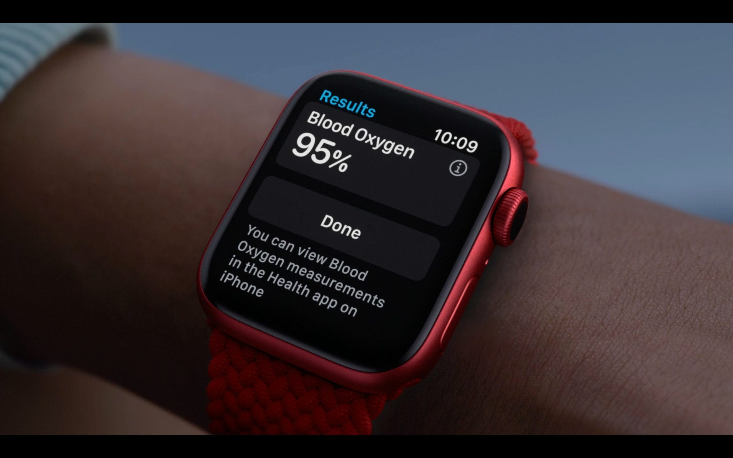 Apple Watch Series 6 in Rot